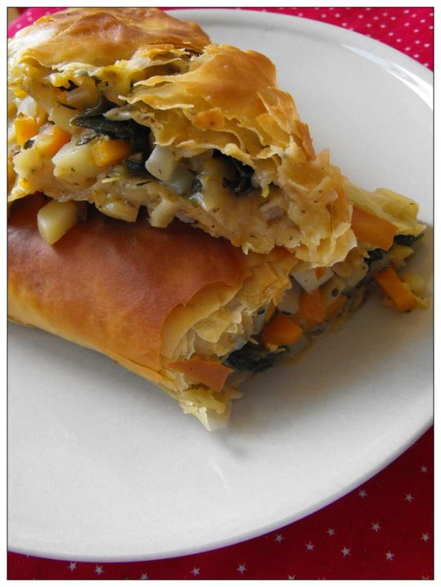 kale and vegetable phyllo pasty