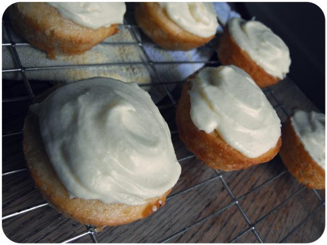 lemon drizzle cupcakes vegan 3