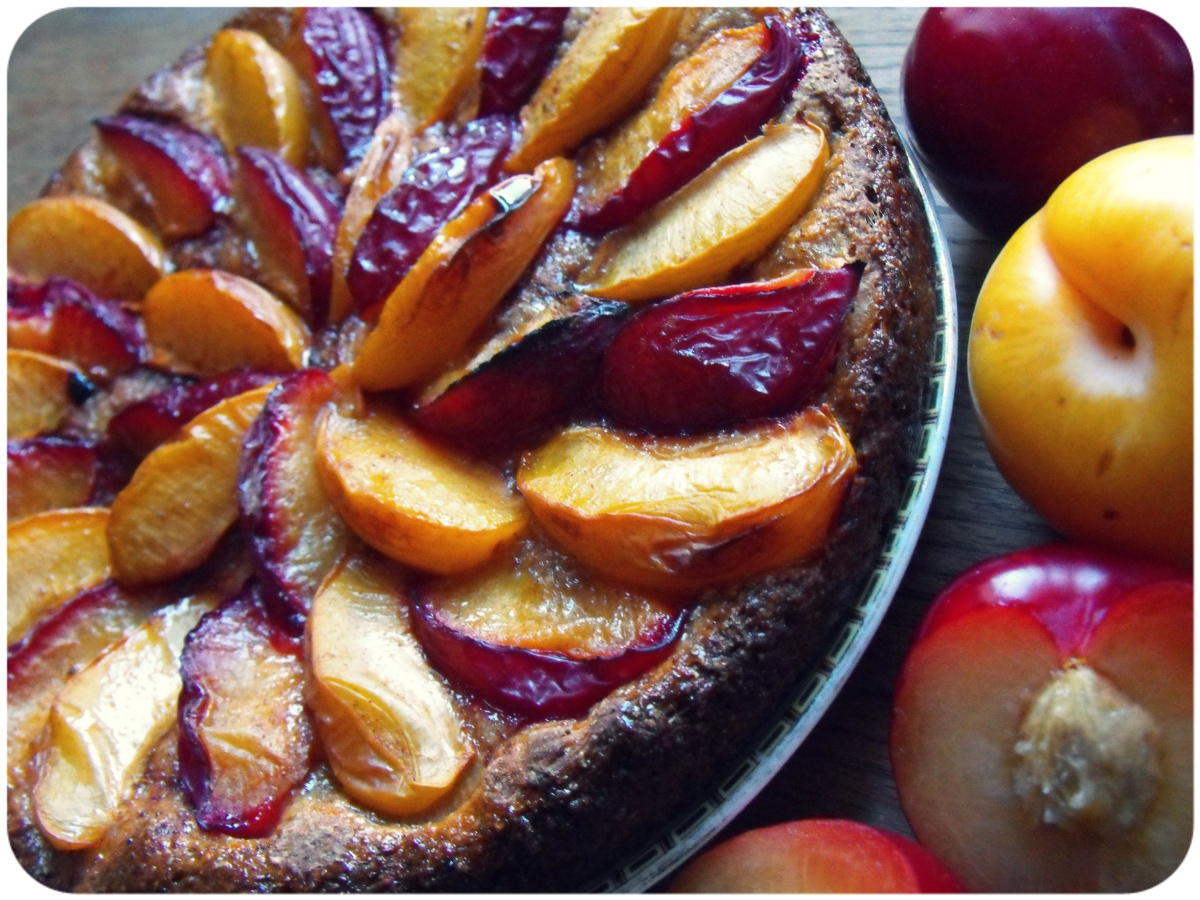 Whole grain Pflaumenkuchen- yeasted plum cake. | In Vegetables We ...