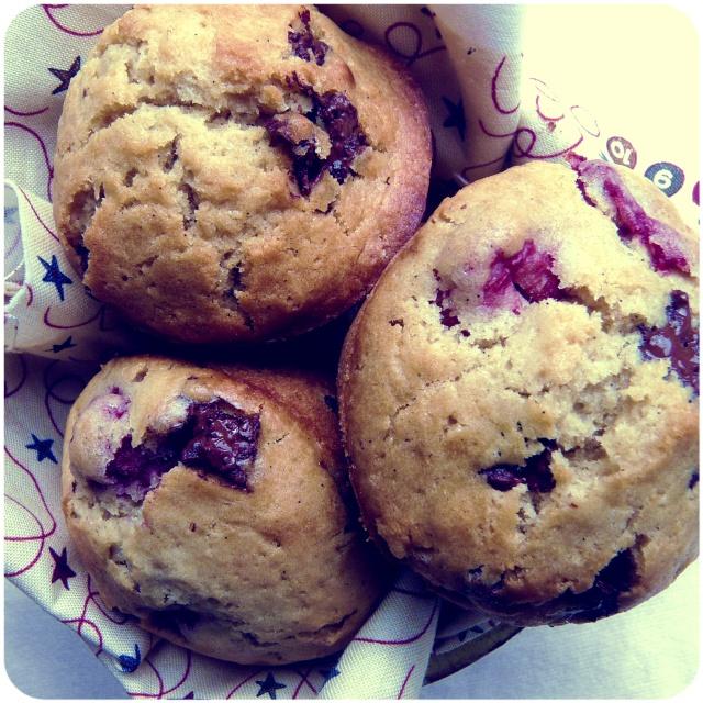 chocolate raspberry vegan muffins 1