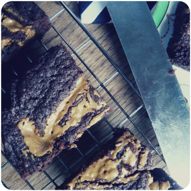vegan peanut butter swirl brownies 2