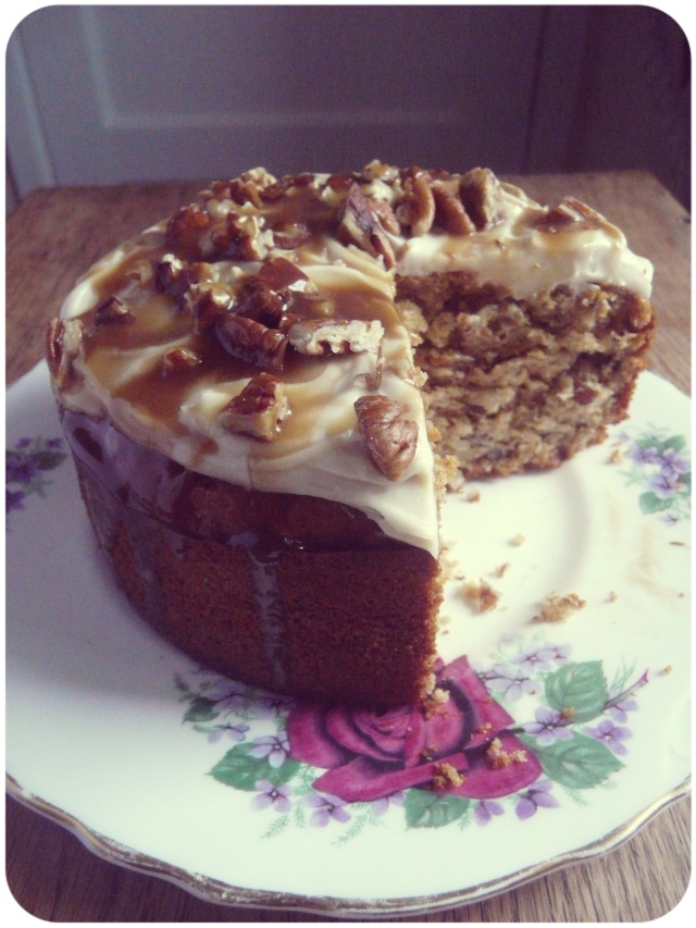 caramel pecan cake cream cheese frosting vegan 1
