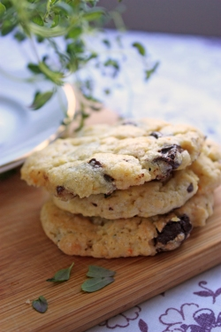 chocolate thyme and orange cookies vegan invegetableswetrust